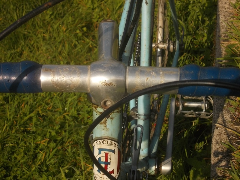 FRANCE LOIRE  Aéro 7 1982 tubes CAMUS  2014-566