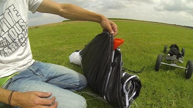 (TRUCS & ASTUCES)  Protégez vos ailes des chocs sur BA  (Speed 4) Vlcsna30