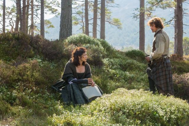 Adaptation cinématographique de Outlander (Le Chardon et le Tartan) de Diana Gabaldon - Page 21 Sans_t10