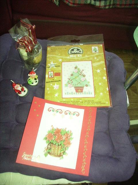échange de cartes de Noël - Page 2 00118