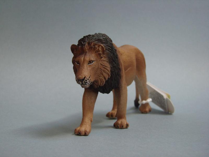 Mojo Fun lion & lioness 2014 walkaround Dsc00259