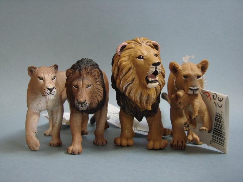 Mojo Fun lion & lioness 2014 walkaround Dsc00265