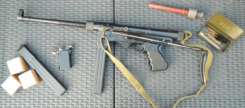 Identification Arme dans un classique : Vol 714 pour Sydney - Page 2 Dscn4410