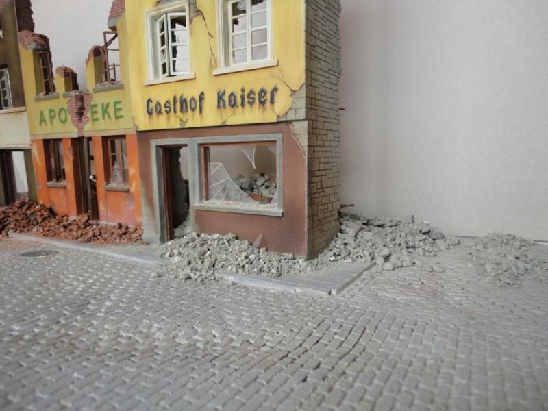 IL FAUT DEFENDRE LE REICH  ( german street  ) DIO  1/35 - Page 4 Dsc04611
