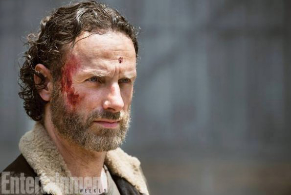 Pages d'informations et de liens en tout genre sur la saison 5 de The Walking Dead Rick10