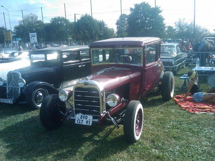 Villeneuve St Gge-Rock'n'Roll Car show #3 -Sept 2014 par Jerry Yankee 10006410