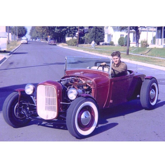 "Hot rod in street - Vintage pics - ""Photos rétros"" -  - Page 3 10112210"