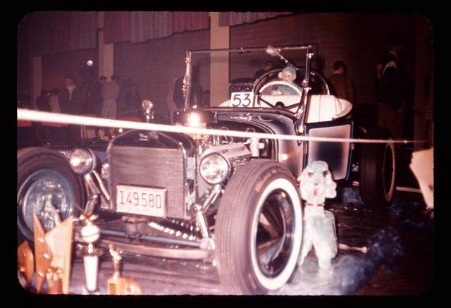 Vintage Car Show pics (50s, 60s and 70s) - Page 4 10168111