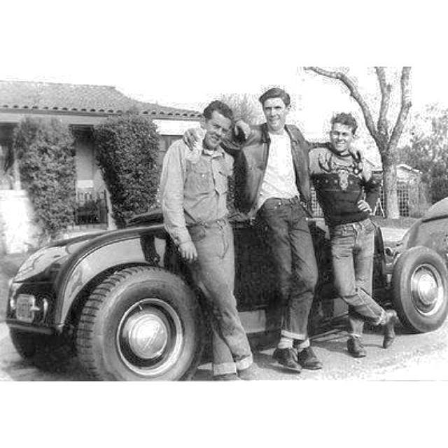 "Hot rod in street - Vintage pics - ""Photos rétros"" -  - Page 3 10253710"