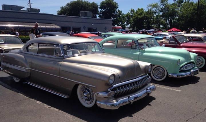 Chevy 1953 - 1954 custom & mild custom galerie - Page 6 10338210