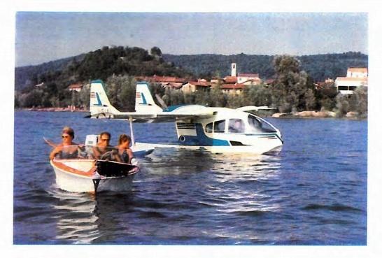 Avions 1950's, futuristes et vaisseaux spaciaux - Vintage Spaceships, Starships and futuristic planes.  10360410