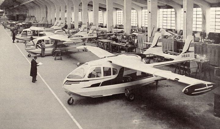 Avions 1950's, futuristes et vaisseaux spaciaux - Vintage Spaceships, Starships and futuristic planes.  10404110