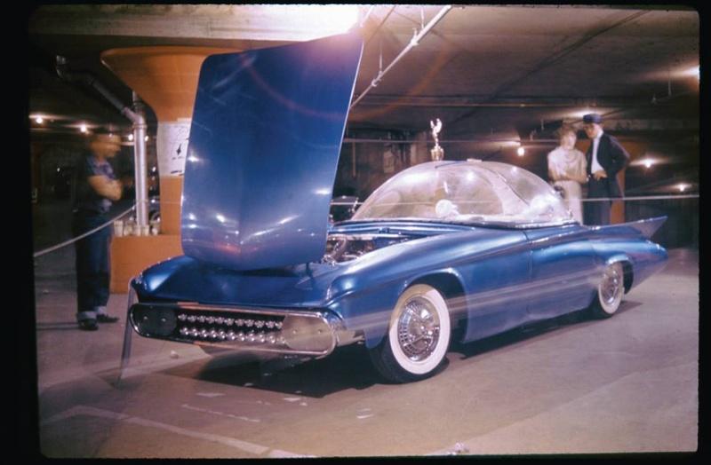 Predicta - Darrill Starbird - 1956 tbird radical bubble top custom 10409011