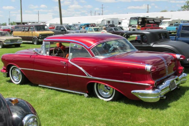 Oldsmobile 1955 - 1956 - 1957 custom & mild custom - Page 3 10411911