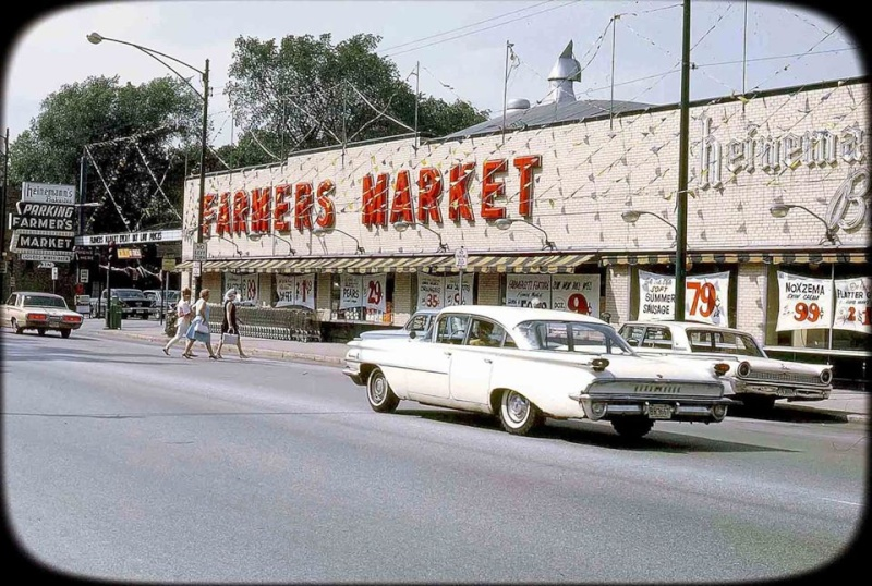 Rues fifties et sixties avec autos - 1950's & 1960's streets with cars - Page 2 10428411