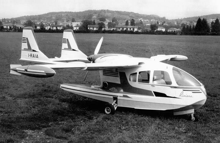 Avions 1950's, futuristes et vaisseaux spaciaux - Vintage Spaceships, Starships and futuristic planes.  10456010