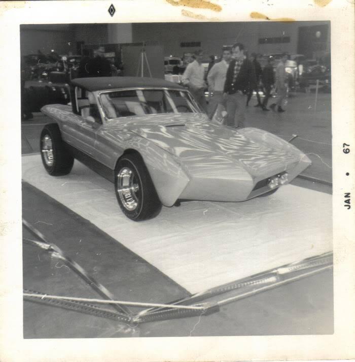 Vintage Car Show - Page 3 10556212