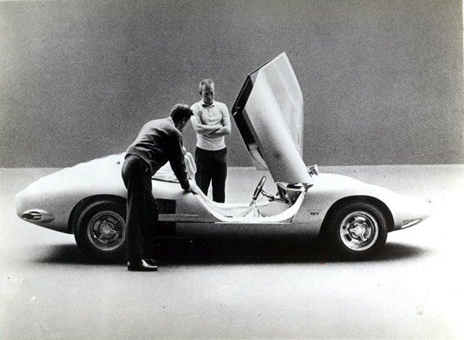 Chevy Monza SS (XP-777) & Monza GT concept cars 10570210