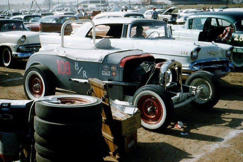 1950's & 1960's hot rod & dragster race 10593011