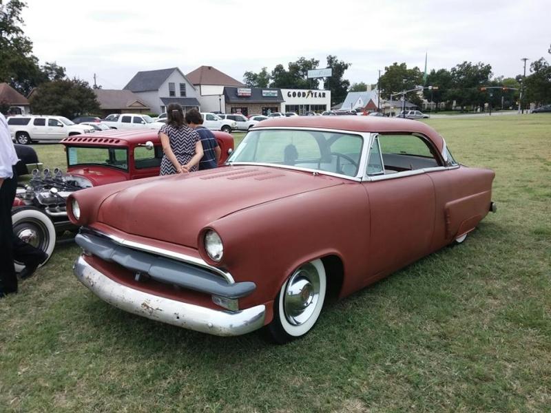 Ford 1952 - 1954 custom & mild custom - Page 6 10622912