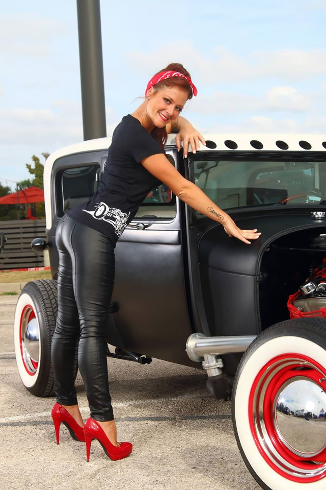 hot rod, custom and classic car babes - Page 6 10623410