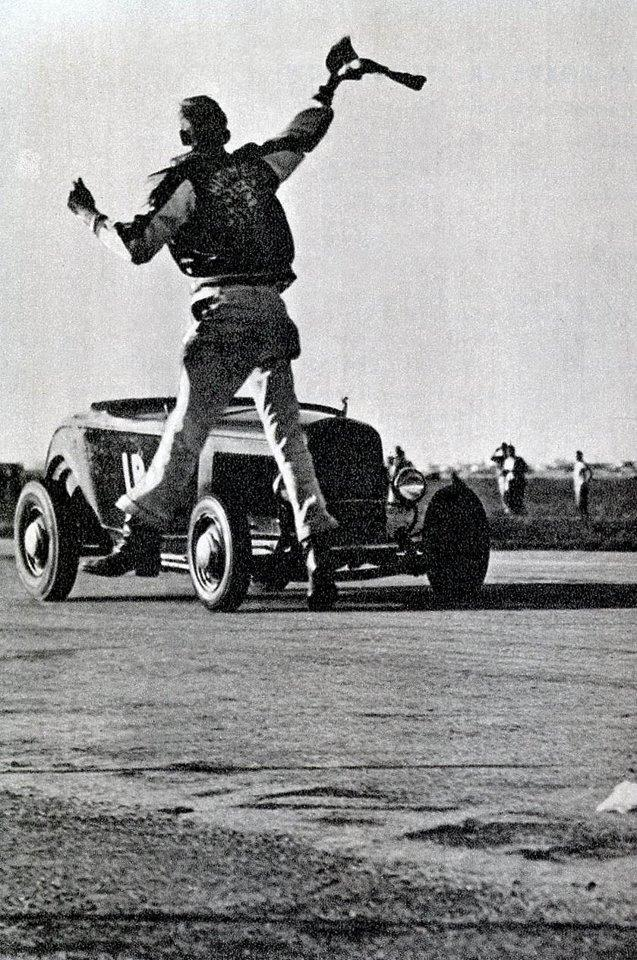 1950's & 1960's hot rod & dragster race 10628414