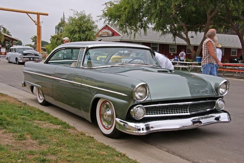 Ford 1955 - 1956 custom & mild custom - Page 4 10675714
