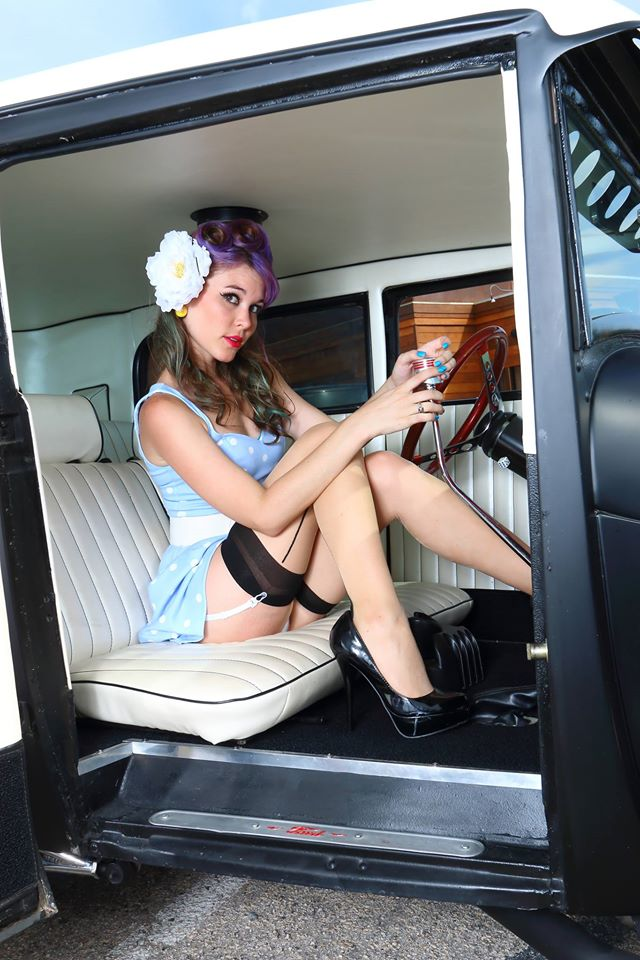 hot rod, custom and classic car babes - Page 6 10683511