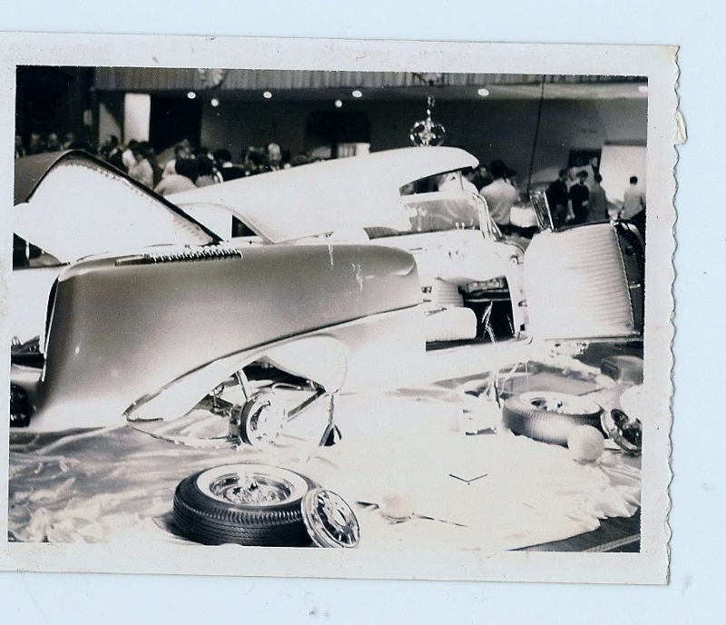 Vintage Car Show pics (50s, 60s and 70s) - Page 4 10689411