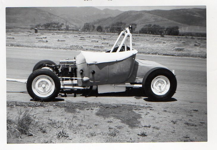 1950's & 1960's hot rod & dragster race 10712910