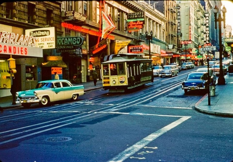 Rues fifties et sixties avec autos - 1950's & 1960's streets with cars - Page 2 10868111