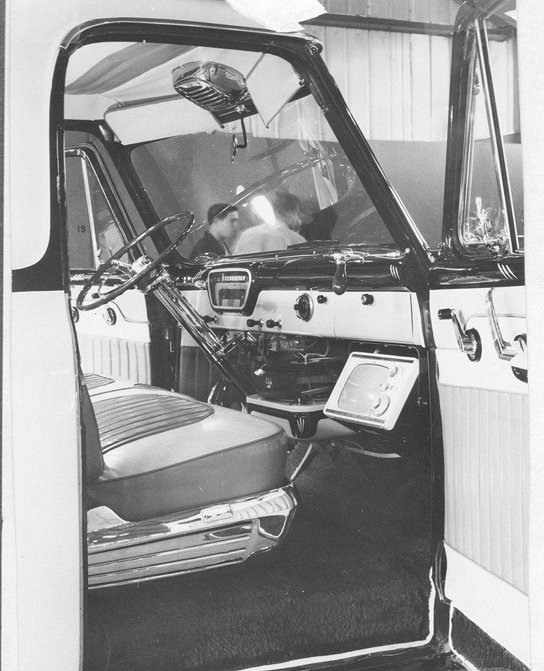 Ford Pick Up 1953 - 1956 custom & mild custom - Page 2 1110