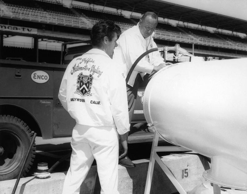Dean Jeffries: 50 Fabulous Years in Hot Rods, Racing & Fil - Tom Cotter - motorbooks 135110