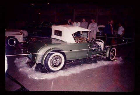 Vintage Car Show - Page 5 13773311