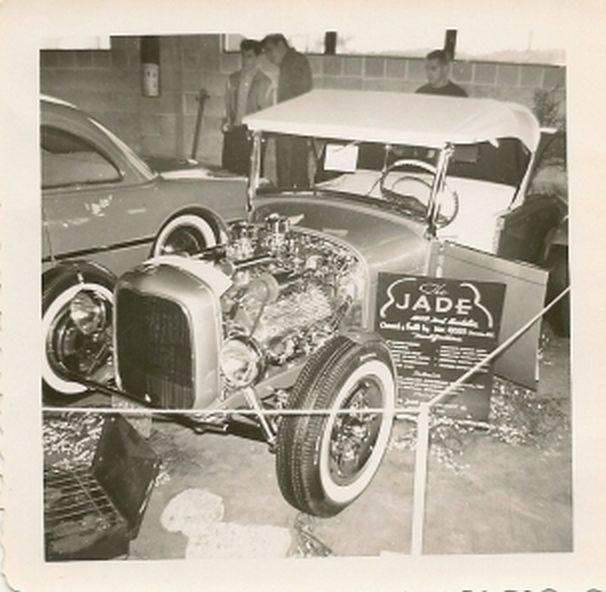 Vintage Car Show - Page 5 15070310