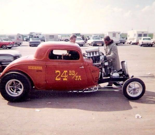 1950's & 1960's hot rod & dragster race 15123310
