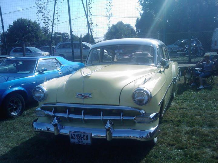 Villeneuve St Gge-Rock'n'Roll Car show #3 -Sept 2014 par Jerry Yankee 15263110