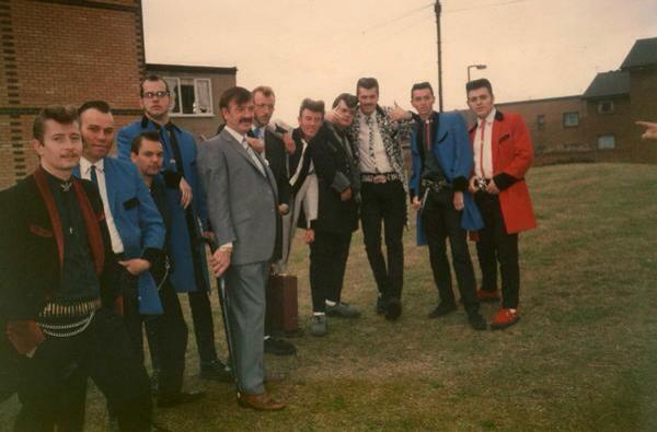 Teddy Boys - Page 2 15266210
