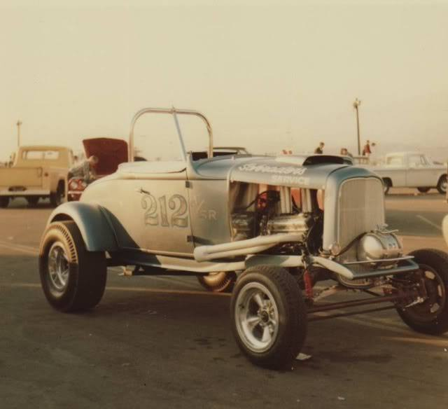 1950's & 1960's hot rod & dragster race 15305810