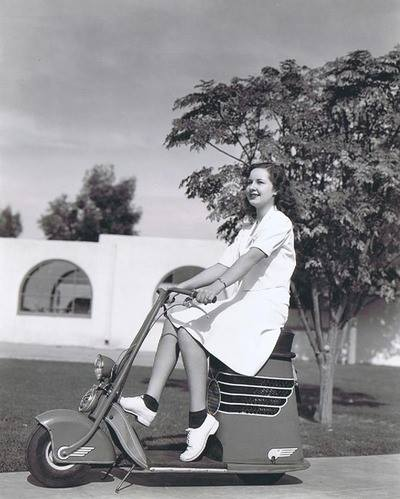 Scooter des 1950's & 1960's - Page 2 16047211
