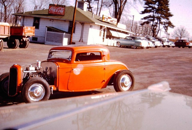 "Hot rod in street - Vintage pics - ""Photos rétros"" -  - Page 3 19266711"