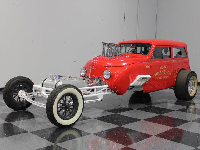 Slingshot & vintage dragster  24341111
