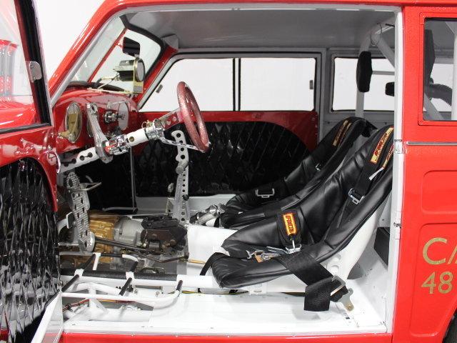 Slingshot & vintage dragster  24341310