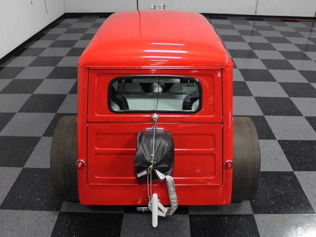 Slingshot & vintage dragster  24341610