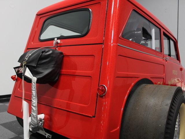 Slingshot & vintage dragster  24342110