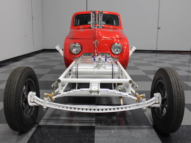 Slingshot & vintage dragster  24342510