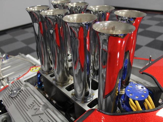 Slingshot & vintage dragster  24343310