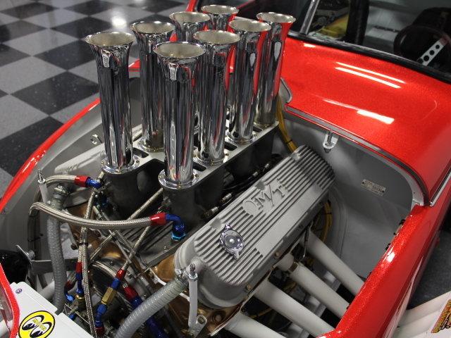 Slingshot & vintage dragster  24343410