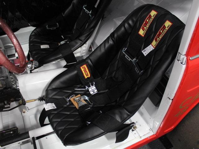 Slingshot & vintage dragster  24345110