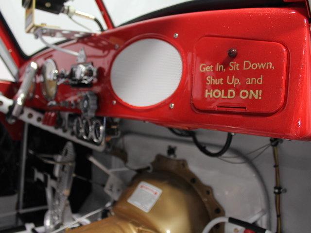 Slingshot & vintage dragster  24345910